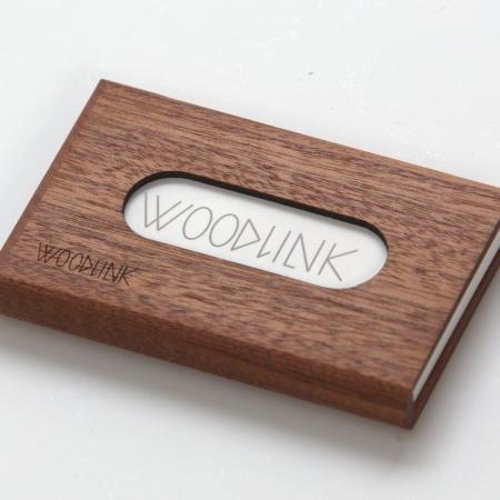 woodlink visitekaartjeshouder pasjeshouder houten portemonnee card holder duurzaam cadeau voor hem mahogany mahonie
