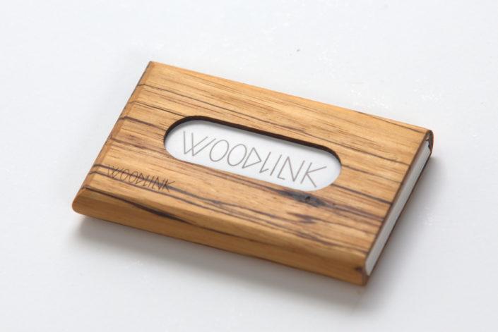 woodlink visitekaartjeshouder pasjeshouder houten portemonnee card holder duurzaam cadeau voor hem zebrawood zebrano