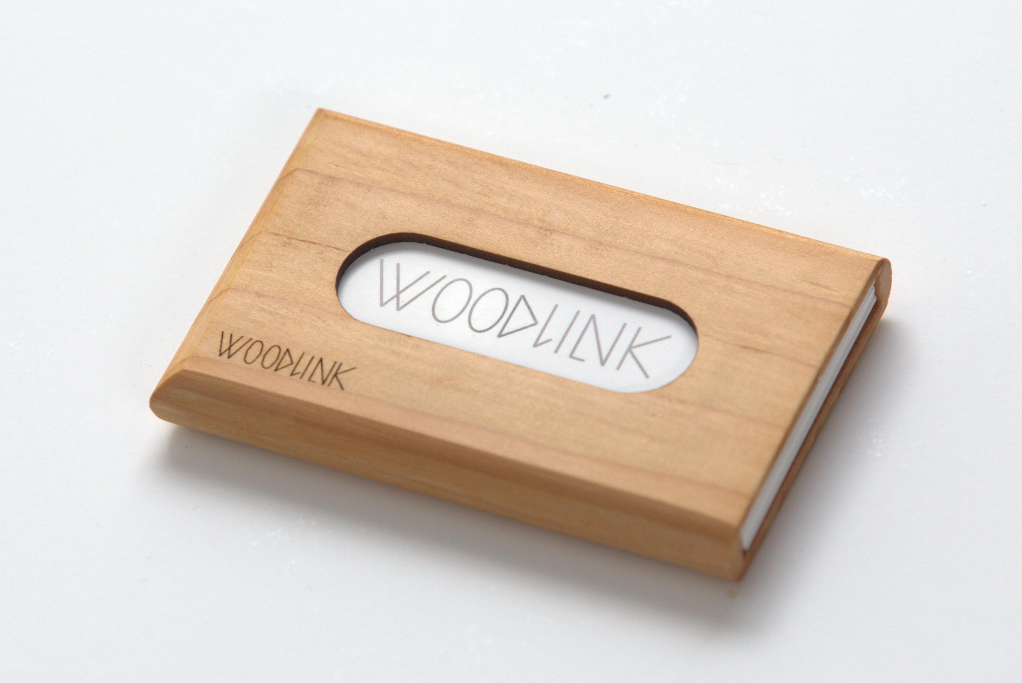 woodlink visitekaartjeshouder pasjeshouder houten portemonnee card holder duurzaam cadeau voor hem ceder producten van duurzaam hout